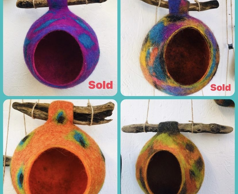 Bird Feeders/Pods